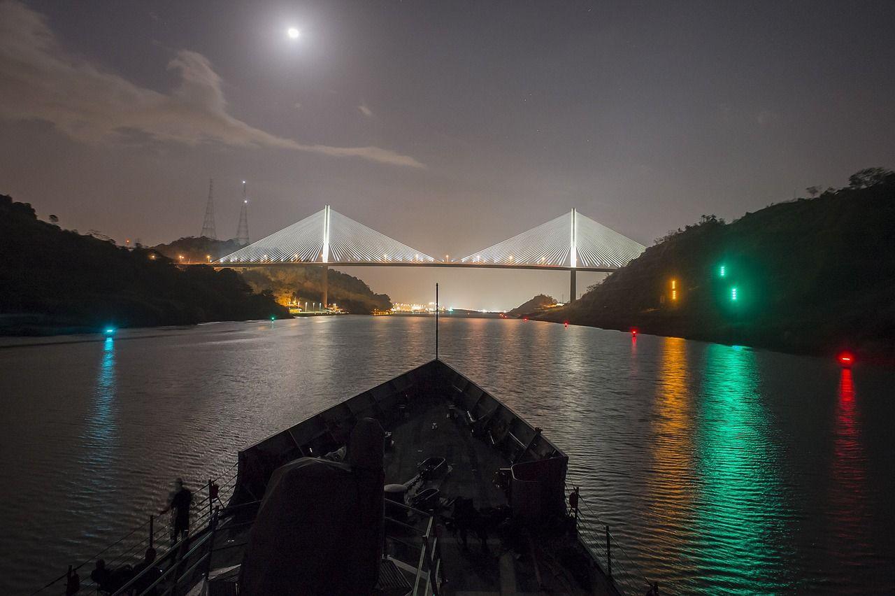 El Puente Centenario