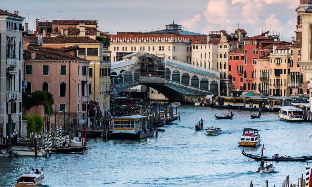 """Venecia no sufría un """"acqua alta"""" tan devastador desde 1966"""